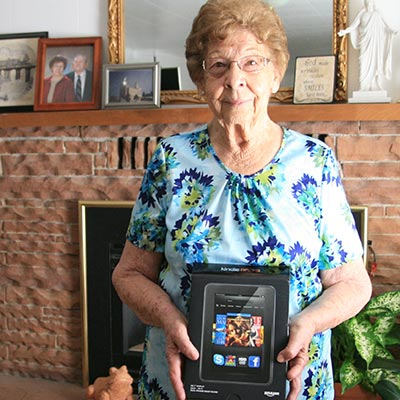 Phyllis with her Kindle Fire HD
